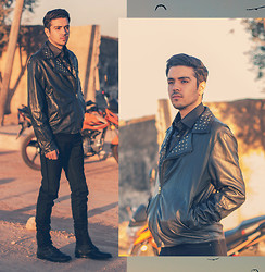 Jersey Chase - Black Faux Leather Shirt, Christian Lay Black Leather Jacket, Celio Black Slim Fit Jeans, Pull & Bear Black Leather Boots - WANDERING MAN