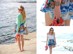 Kier Mellour - Jones New York Sweater, Alkemie Octopus, Zara Skirt - La Jolla Beach
