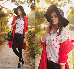 Viktoriya Sener - Banggood Red Lip Print Button Blouse, Vintage Trench Coat - RED