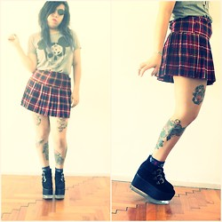Cynthia † - Jeffrey Campbell Levitate Platform, Complot Skull Mickey Tshirt, Thrifted Skirt - Young & Beautiful