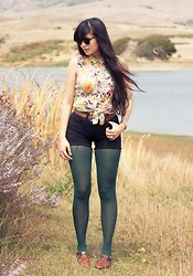 Danielle Payton - Urban Outfitters Floral Cutout Blouse, Diy Cutoff Shorts, Vintage Skimmers - Inhale, renew.