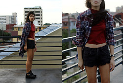 Natassja Velasco - Stradivarius Crop Top, Levi's® Plaid Flannel Shirt, Forever 21 Distressed Denim Shorts, Coltrane Look A Like - Turned 20 today