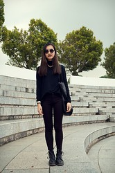 Brandi Foo - Topshop 90s Round Sunnies, Lovisa Chunky Gold Chain, Zara Turtleneck Top, Pull & Bear Black Tote, Zara Burgundy Checkered Pants, Dr. Martens Black Dr - Wine not