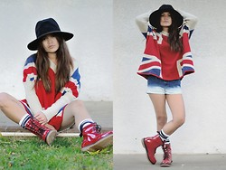 Faye Danielle - Oasap Union Jack Loose Sweater, Forever 21 Denim Ombre Shorts, Red Boots, Forever 21 Black Fedora Hat - Union Jack
