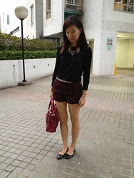 Joyce Wong - J. Crew Statement Necklace, Topshop Black And Red Shorts, Balenciaga City Bag - Red and black for Fall