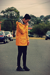 Style Detective Men's Lookbook -  - Yellow.