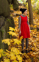 Kathryn Bagley - Joe Fresh Hat Blouse Tights, Thrifted Dress And Boots - Leafing