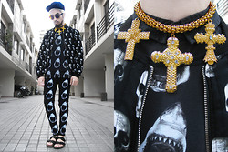 Andre Judd - The Urban Hour Shark Print Tee, Shark Print Jeans, Skull Print Quilted Bomber Jacket, Birkenstock Sandals, Kenzo Dark Cloud Print, The Showstopper Chic Baroque Crosses Neckpiece - SHARKS AND SKULLS