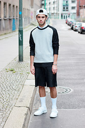 Thibaud G. - Weekday White Ca, Cos Sweater, Cos Shorts, Adidas White Leather Shoes, Cos White Shirt - HAZY SHADES