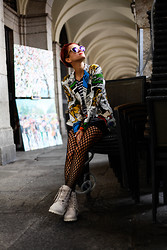 AMINTA ONLINE - Juan Carlos Pajares Blazer, We Love Colors Fish Net Tights, Panama Jack Boots, Etnia Barcelona Sunglasses, Marks And Spencer Top - Waiting