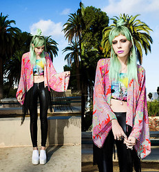 Madeline Pendleton - Ette Kimono, American Deadstock Top, Lip Service Leggings, Choies Shoes - Palm Tree