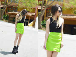 Liz Albuquerque - Frontrowshop Black Top, Frontrowshop Neon Skirt, Mart Of China Hellbounds, Rings And Tings Love Necklace, Oasap Round Retro Sunglasses - Lime Green