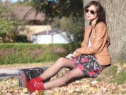 Sabrina Kwan - Red Ankle Boots, Floral Skirt, Leather Jacket, Woodzee Wooden Sunglasses - Autumn bliss