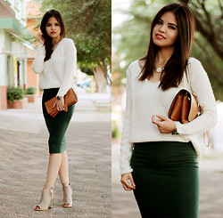Adriana Gastélum - Lookbookstore Sweater, Windsor Forest Green Skirt, Oasap Clutch, Lulu's Booties - Naturally