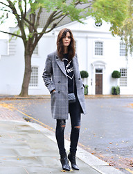 Hedvig ... - R13 Denim Jeans, Chinti & Parker Cashmere Love Jumper, Vanessa Bruno Coat, Chanel Wallet Bag, Jimmy Choo Boots - Love for checks