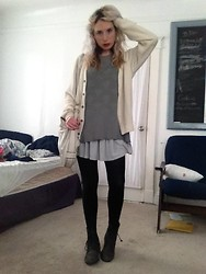 Paula Gallagher - Urban Outfitters White Cardigan - Fog