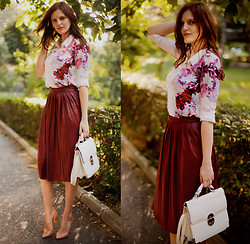 Viktoriya Sener - Sheinside Blouse, Zara Skirt, Forever New Bag, Zara Pumps - CHERRY BLOSSOM
