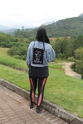 Rokaia MAB - Thrift Denim Jacket, Diy Misfits Patch, Diy Corset Legging - This Magic Moment - MISFITS