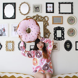 Toshiko S. - Forever 21 Donut Print Sweatshirt - Donuts Make Me Go Nuts
