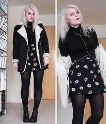 Robyn Mayday - Oasap Biker Coat, H&M Eye Print Skirt, Vagabond Platform Dupe Boots, Ebay Body Chain, Ebay Polo Cold Shoulder Dress - Biker Coat