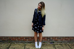 Sarah Taylor - Forever 21 Leather Jacket, H&M Dress, Missguided Trainers - White Trainers In Winter