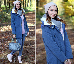 Sabrina K. - Oasap Blue Parka, Primark Studded Bag, Primark Hat, Deichmann Sneaker Wedges - Did you forget what we were feeling inside ?