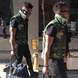 Wingz Dal Vino - Topman Stretch Skinny, Guess? Duffle Bag, Palladium Boots, Army Store Vest - The Black Bart Simpson from the Army