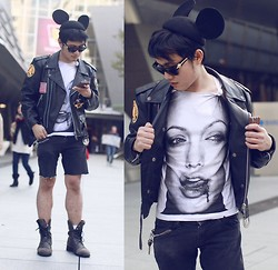 KIKO CAGAYAT - Blood. Andelin Jolie Tank Top, Mickey Ears Wool Beret Hat - Rebel without a cause