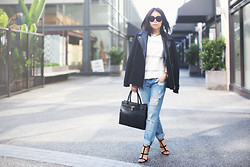 Marcella L - Boyfriend Jeans, Witchery Coat, Céline Sunglasses - Navy wool