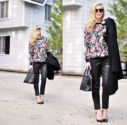 Maegan Tintari - Lovers + Friends Floral Sweatshirt, 7 For All Mankind Coated Chinos - Jet Planes, Islands, Tigers on a Gold Leash