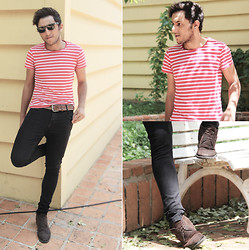 Renan Blumer - Zara Skinny Black Jeans, Zara Striped Tee, Ck Boots - Stripped to Stripes