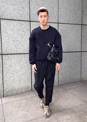 YU WEILO - Kris Van Assche For Eastpak Leather Bag, Maison Martin Margiela Sneakers - COCOON