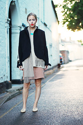 Daniella Robins - Kaylee Cho Cape/Jacket - Neutrals & Black
