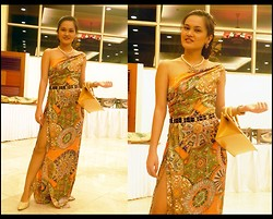 "Janna Robles - Sophisticat Shoes, Style Staple Dress, Louis Vuitton Bag - ""Fashion is the most powerful art there is."" -BW"