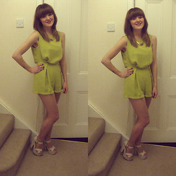 Beth Kennett - Topshop Playsuit, Primark Block Heels - Green Day.