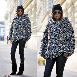 Maya Lorelei - H&M Beanie, Ray Ban Aviator Sunnies, H&M Wool Cardigan, H&M Leather Pants, Isabel Marant Lazio Ponyhair Boots - Isabel Marant Pour H&M