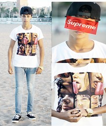 Walid Barkhioua - Boy London Casecatte, Ray Girl & Guy T Shert, Zara Men, Vanz, Swatshe $ - Supreme