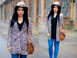 Amazing Fashioon - Coat, Hat, Pants - Leopard coat