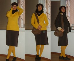 Vassy M. - Vintage Beret, Terranova Hooded Sweater With Cangaroo Pocket, Motivi Second Hand Corduroy Skirt, Shortsleeved Turtleneck, Wooden Necklace, Polar Jacket, Jumbo Corduroy Bag - Autumn feelings