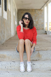 Anabel Godoy - Zara Sweater - Red sweater
