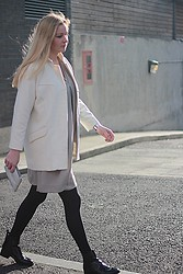 Laura Gudaite - Zara Coat, Cos Dress, & Other Stories Clutch, Zara Chelsea Boots - Something minimal is