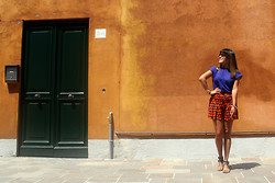 Chic Adventure It! By Giha -  - Orange in Venice
