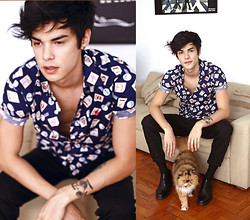 Vini Uehara - Stark Street Clothing Blue Postage Print Short Sleeve Shirt - Stamps
