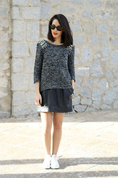 Anabel Godoy - Blanco Sweater, Vintage Skirt, Converse Sneakers, Ray Ban Sunnies - Grey beading sweater