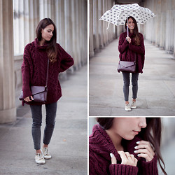 Teetharejade .com - Zara Knitted Sweater, Vero Moda Jeggins, Superga Sneakers, Zara Umbrella, Zara Bag - Chunky Knitwear Monster