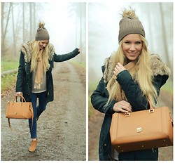 Maren Anita - Mcm Bag, Mango Coat, Hudson Boots - From dawn till dusk
