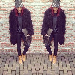 Kay M. - H&M Coat, Zara Shirt, Zara Pants, Timberland Shoes, Zara Bag, H&M Hat - Cold days.