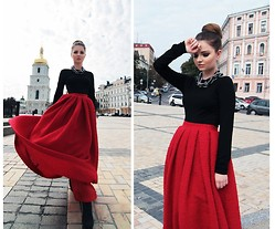Tania Kourshakova - Elena Burba Skirt, Elena Burba Necklace - Power of Red