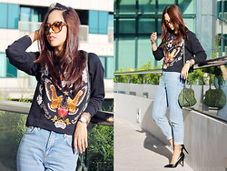 Patricia Prieto - Prada Sunnies, Zara Sweater, Topshop Jeans, Givenchy Bag, Zara Pumps - Move