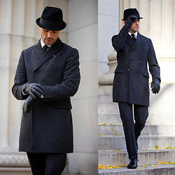Brian Sacawa - Mercer + James Hat, Banana Republic Coat, Nordstrom Gloves, Banana Republic Pants, Allen Edmonds Shoes - Black Friday